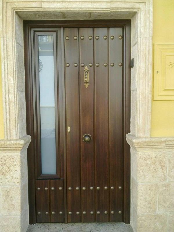Puertas de calle alcaman for Modelos de puertas de calle